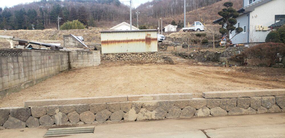 民家解体後の整地完了状況